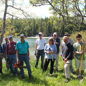 trail volunteers at Whaleback shell midden