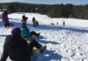 more people sledding